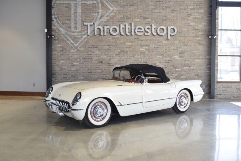 E53F001076-1953-chevrolet-corvette