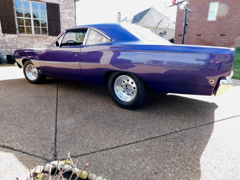 RM21H8G249240-1968-plymouth-road-runner
