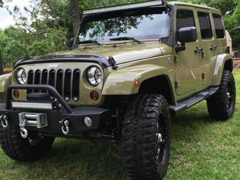 1C4BJWEG2DL557446-2013-jeep-wrangler