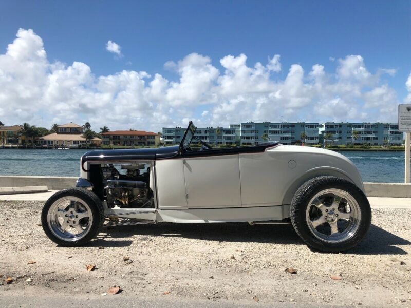 1GR165899-1931-ford-model-a-0