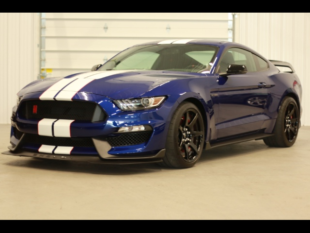1FATP8JZ0G5525714-2016-ford-mustang