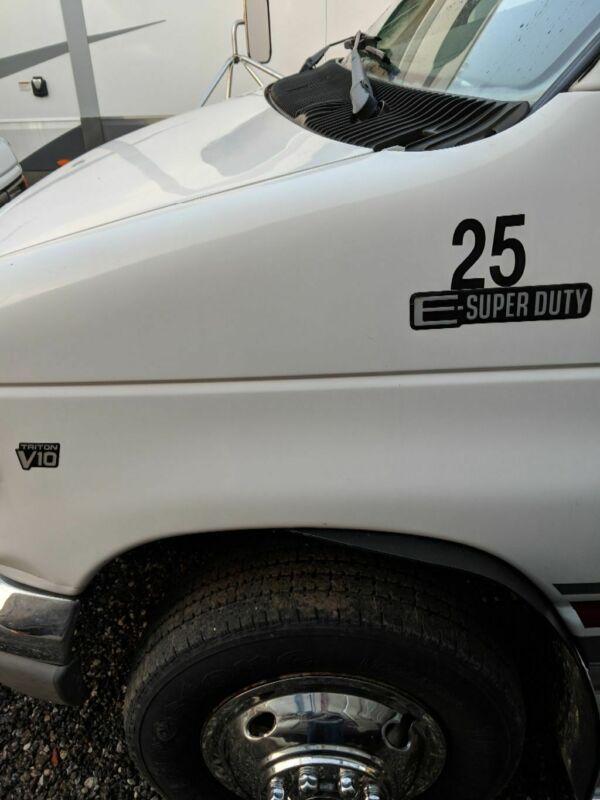 1FDXE40S9WHA61569-1998-ford-e-series-van