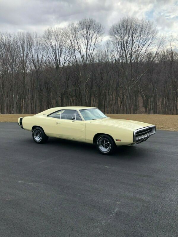 XP29NOG115161-1970-dodge-charger