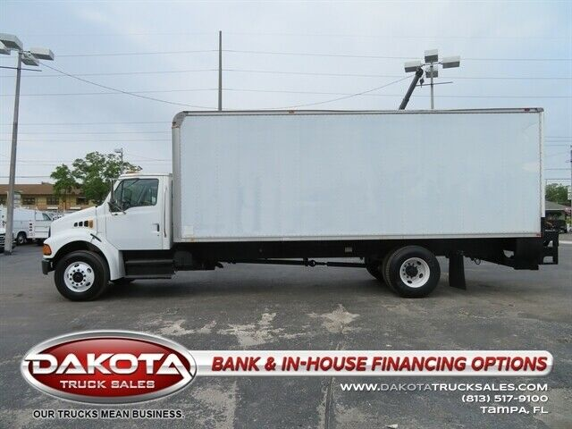 2FZACGCS93AL65127-2003-other-makes-acterra-26ft-box-truck-wlift