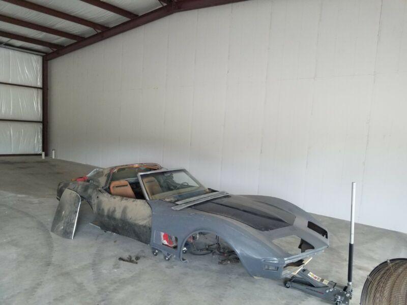 1Z37K29502699-1972-chevrolet-corvette