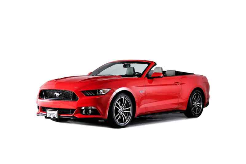 1FATP8FF2F5382598-2015-ford-mustang