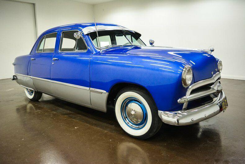 8BA-367121-1949-ford-sedan-0
