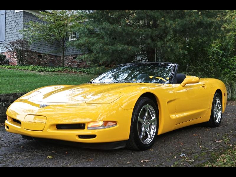 1G1YY32G035127533-2003-chevrolet-corvette