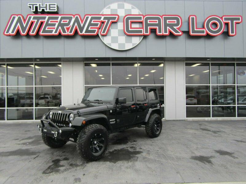 1C4BJWDG2HL547443-2017-jeep-wrangler-unlimite