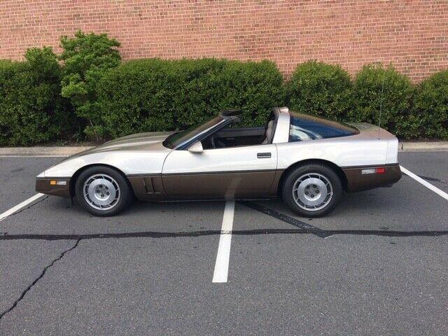 1G1YY2180H5119525-1987-chevrolet-corvette