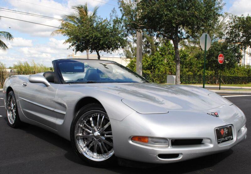 1G1YY32G415118363-2001-chevrolet-corvette