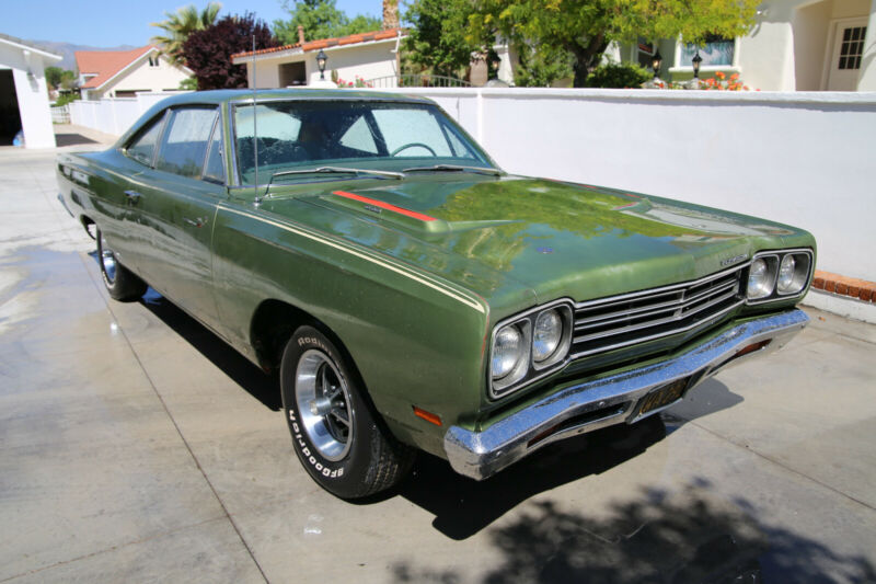 RM21H9E124912-1969-plymouth-road-runner-0