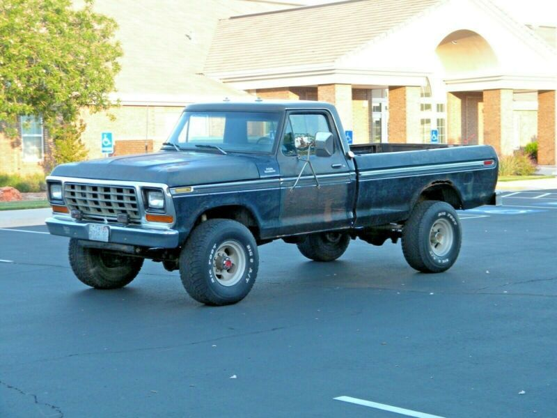 F26HRY02315-1977-ford-f-250