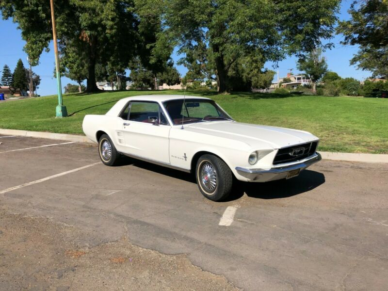 1T01T224765-1967-ford-mustang