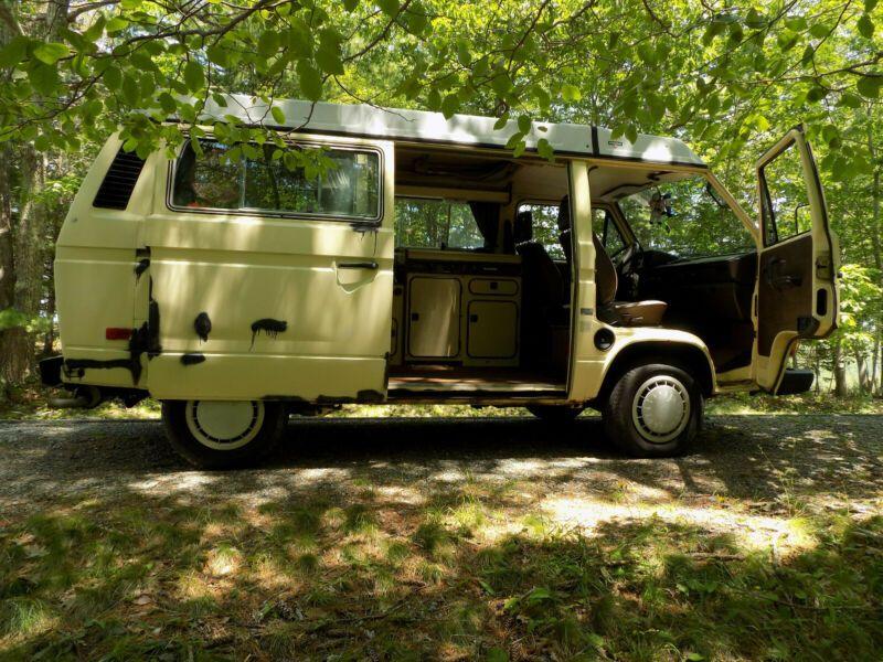 WV2ZB025XEH031731-1984-volkswagen-busvanagon