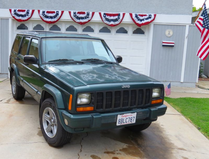 1J4FF58S5YL103012-2000-jeep-cherokee