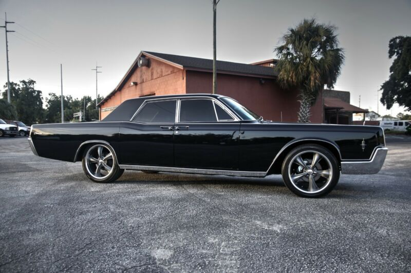 6Y82G454270-1966-lincoln-continental