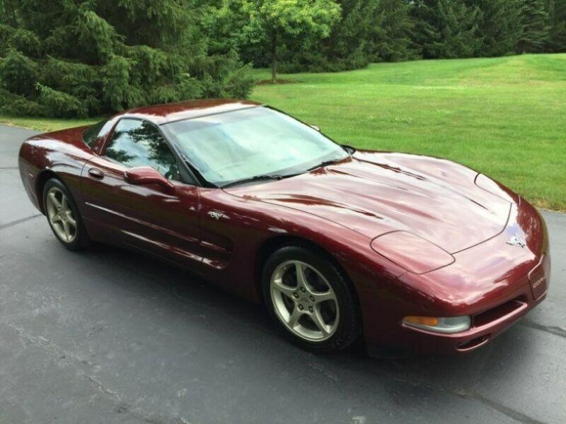 1G1YY22G635129975-2003-chevrolet-corvette