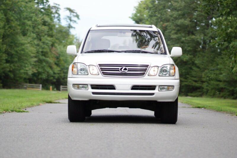 JTJHT00W833533180-2003-lexus-lx