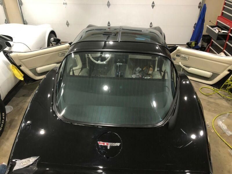 1Z876AS435155-1980-chevrolet-corvette-0