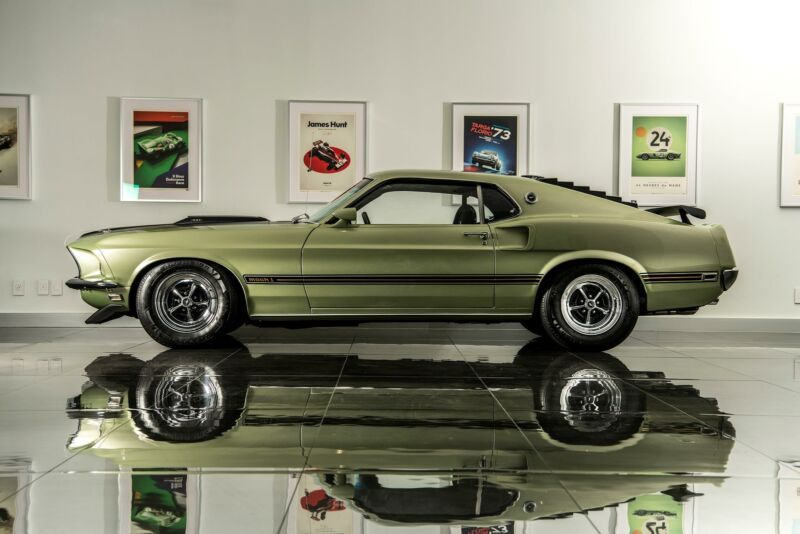 1000009R02H117331-1969-ford-mustang