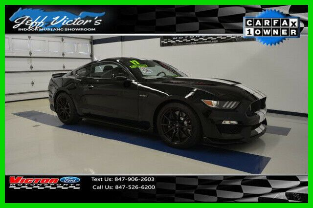 1FA6P8JZ5H5522886-2017-ford-mustang-0