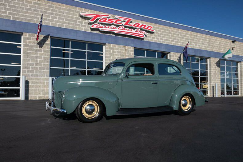 5729960-1940-ford-tudor