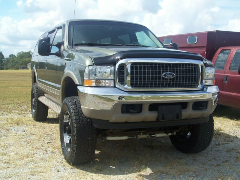 1FMNU43S5YEE35198-2000-ford-excursion-0