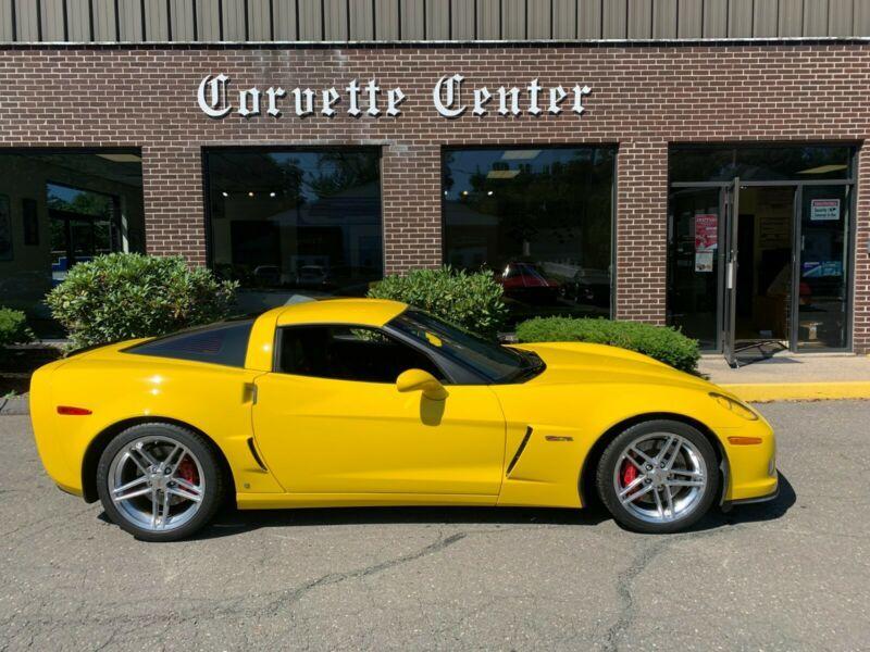 1G1YY26E975118516-2007-chevrolet-corvette