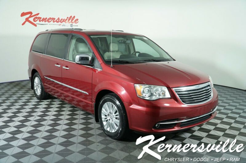2C4RC1GG1CR118236-2012-chrysler-town-and-country