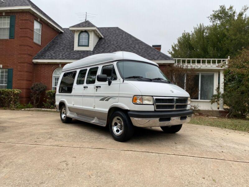 2B6HB21Z8TK119203-1996-dodge-ram-van