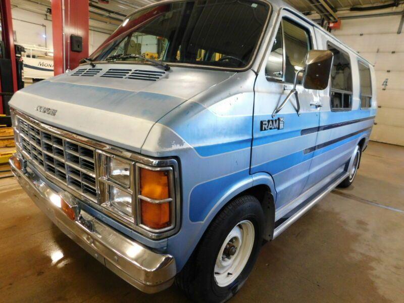 287H823T8EK279752-1984-dodge-ram-van