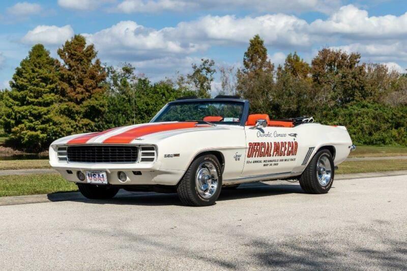 124679N637214-1969-chevrolet-rsss-camaro-pace-car-convertible-0