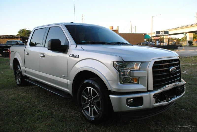 1FTEW1CP1GKF40751-2016-ford-f150-super