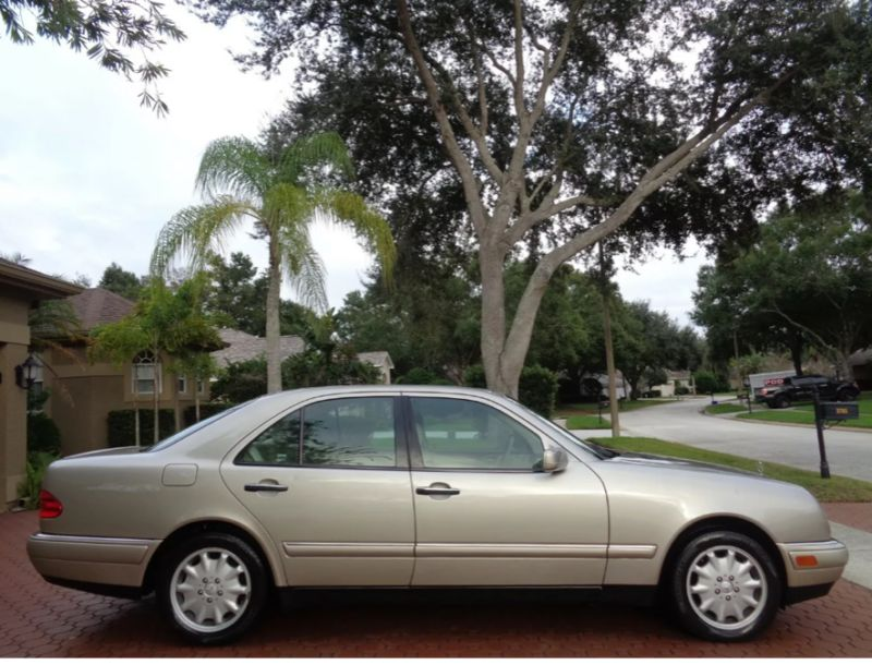 WDBJF82H8XX019707-1999-mercedes-benz-1-owner-and-like-new-2