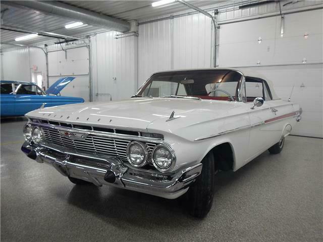 11867J215173-1961-chevrolet-impala