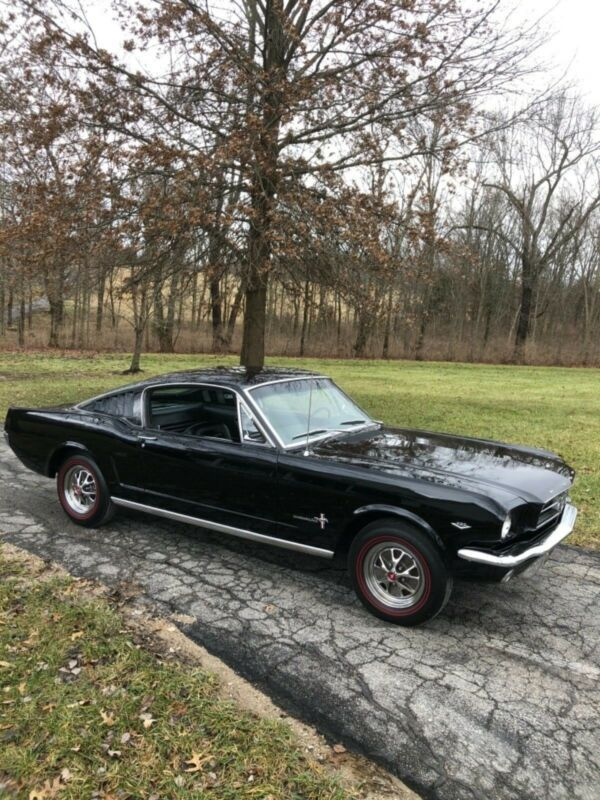 5R09A152222-1965-ford-mustang