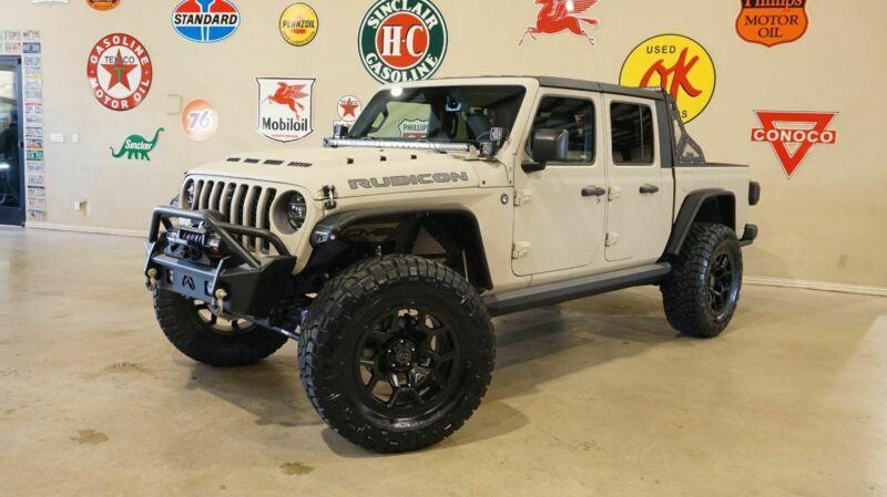 1C6JJTBG2LL158203-2020-jeep-gladiator