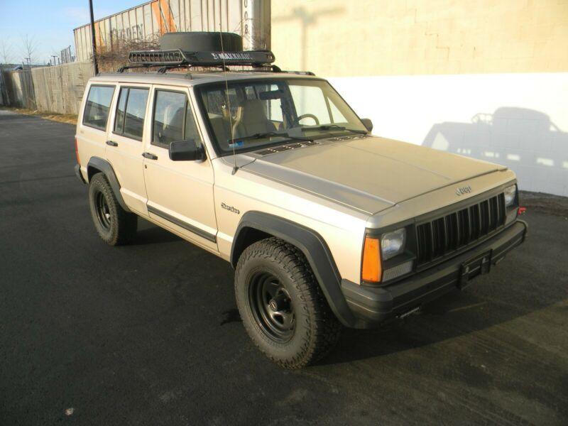 1J4FJ28S8SL670318-1995-jeep-cherokee