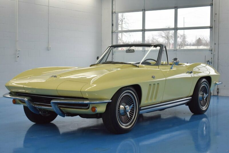194675S103372-1965-chevrolet-corvette