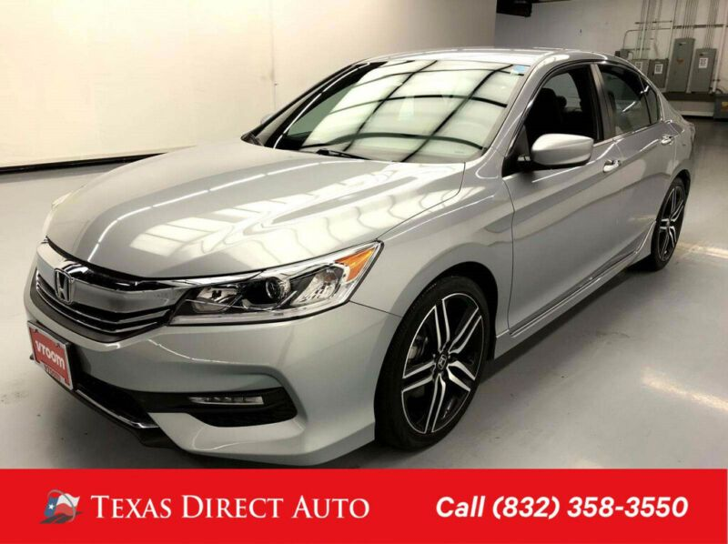 1HGCR2F54HA158768-2017-honda-accord