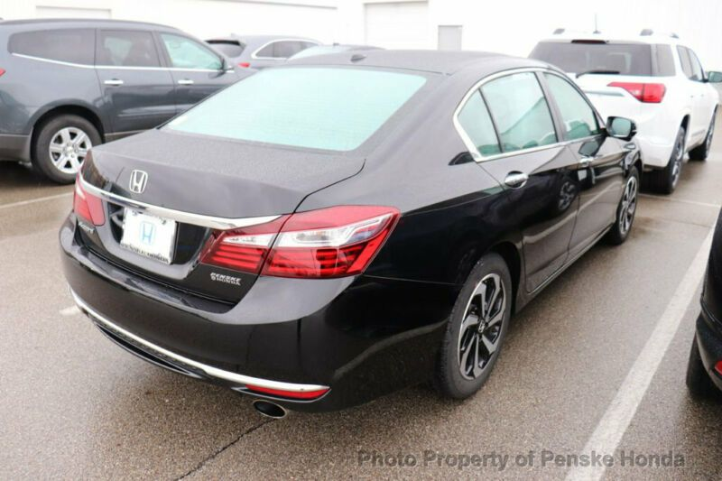 1HGCR2F78HA164591-2017-honda-accord-0