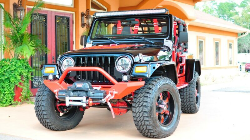 1C4HJXFN5KW545588-2019-jeep-wrangler
