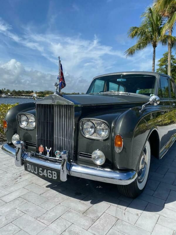 5VB51.-1964-rolls-royce-phantom