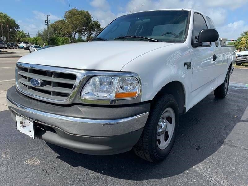 1FTRX17WX2NB86364-2002-ford-xl-4dr-supercab-2wd-styleside-lb-pickup-truck