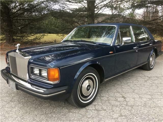SCAZN42A7ECX08703-1984-rolls-royce-silver-spur-only-34000-miles