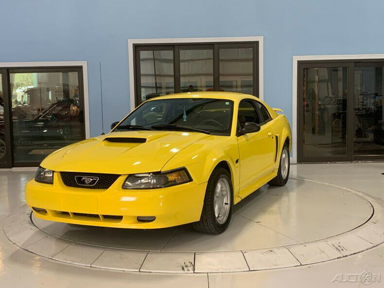 1FAFP42X71F135388-2001-ford-mustang