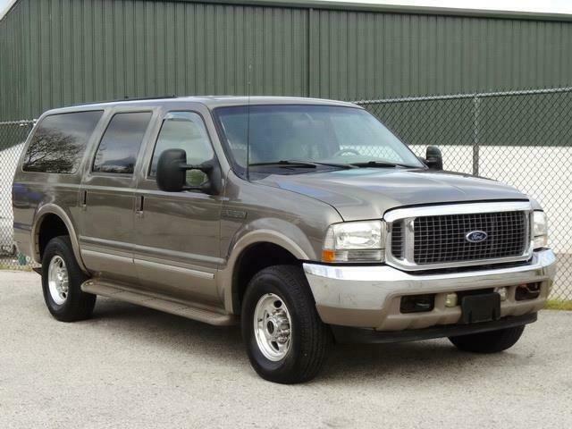 1FMSU43F62EC45682-2002-ford-excursion