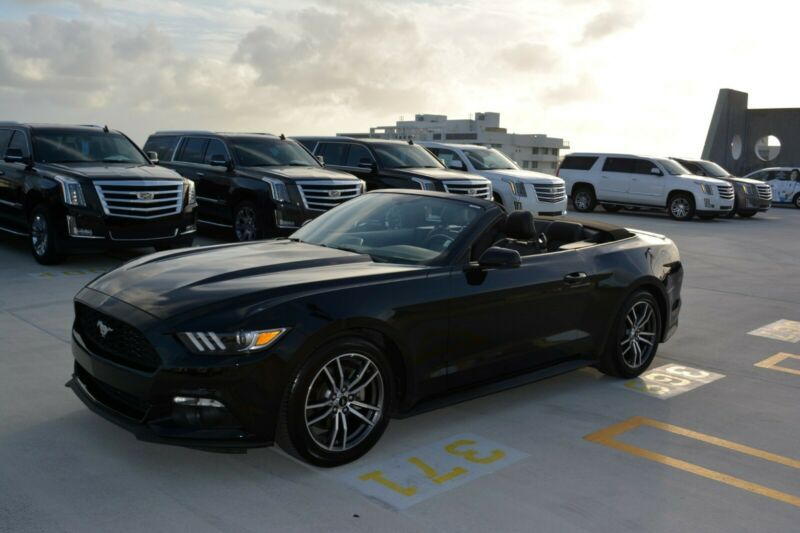 1FATP8UH6H5204572-2017-ford-mustang