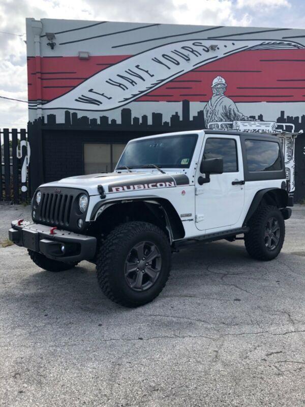 1C4HJWCG3JL842973-2018-jeep-wrangler
